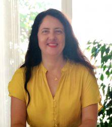 Violaine TEWARI Sophrologue Acupressure Reiki